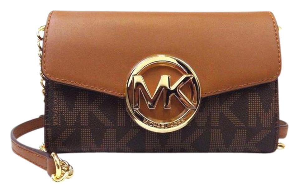 Michael Kors Hudson Clutch Chain Strap Cross Body Bag