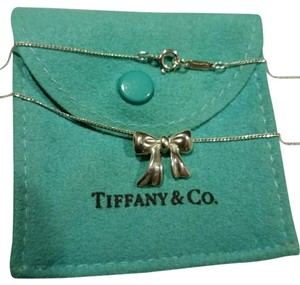 Tiffany & Co. T&Co rare, vintage Ribbon Bow necklace