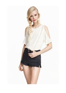 H&M Cold Off The Summer Top ivory / White