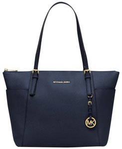 Michael Kors Large Jet Set Tote in Navy
