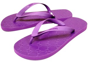 Gucci Rubber Thong Purple Sandals