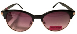 Betsey Johnson NEW Retro Sunglasses