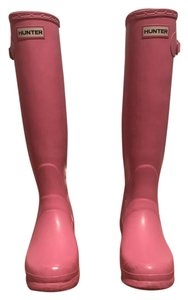 Hunter Water-repellant Pink Boots