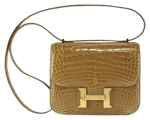 Hermès Alligator Constance 18cm Cognac Cross Body Bag