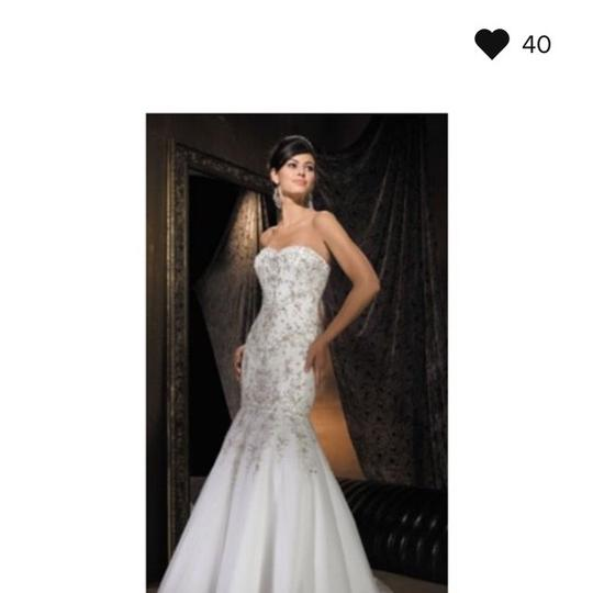 Allure Bridals Formal Wedding Dress Size 6 (S) Image 0