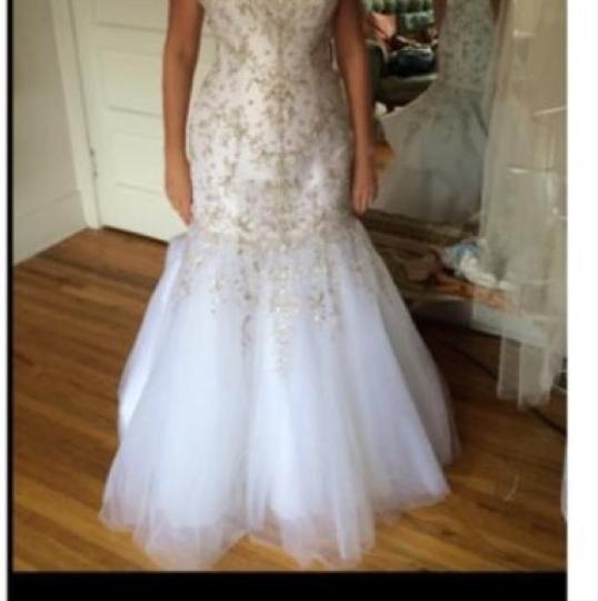 Allure Bridals Formal Wedding Dress Size 6 (S) Image 1