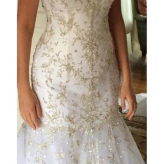 Allure Bridals Formal Wedding Dress Size 6 (S) Image 2