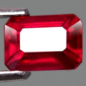 Other 1.68ct RUBY FACETED GEMSTONE. BLOOD RED COLOR RUBY