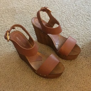 Charles David brown Wedges