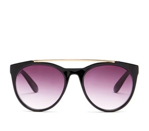 Betsey Johnson New!! Top Bar Sunglasses