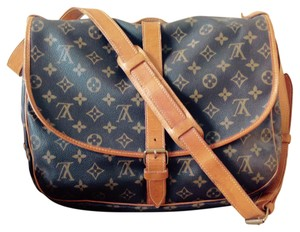 Louis Vuitton Crossbody Canvas Coated Canvas Shoulder Bag