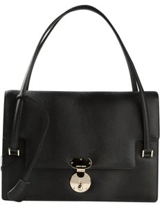 Giorgio Armani Leather Elegant Shoulder Bag