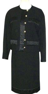 Chanel PRISTINE Chanel Vintage Blk Wool Jacket Skirt Suit