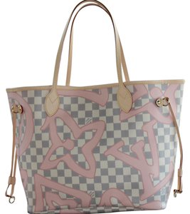 Louis Vuitton Neverfull Neverfull Mm Canvas Damier Canvas Tote in Azur