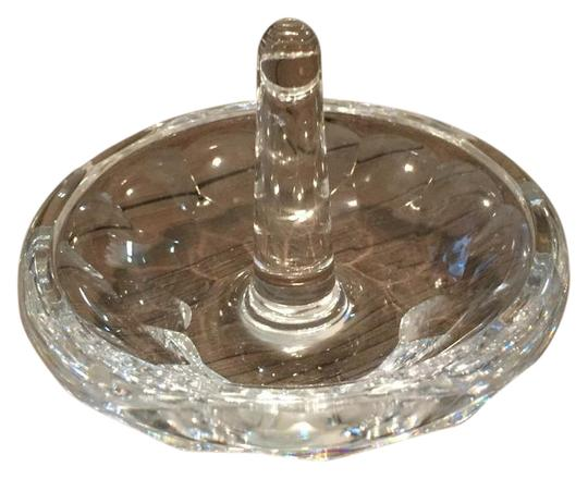 Preload https://item5.tradesy.com/images/waterford-crystal-monique-lhuillier-atelier-ring-holder-21185024-0-2.jpg?width=440&height=440