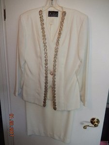 Alex Evenings Ivory Alex Evenings 2pc Mother Of Bride Long Skirt And Beaded Jacket Ivory Dress