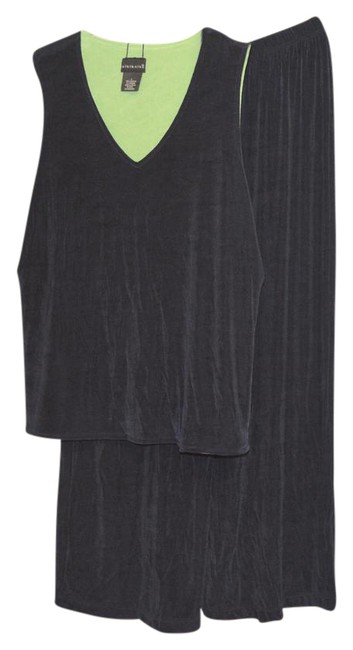 Item - Navy And Gaucho Pants 2pc Set Large Tank Top/Cami Size 14 (L)