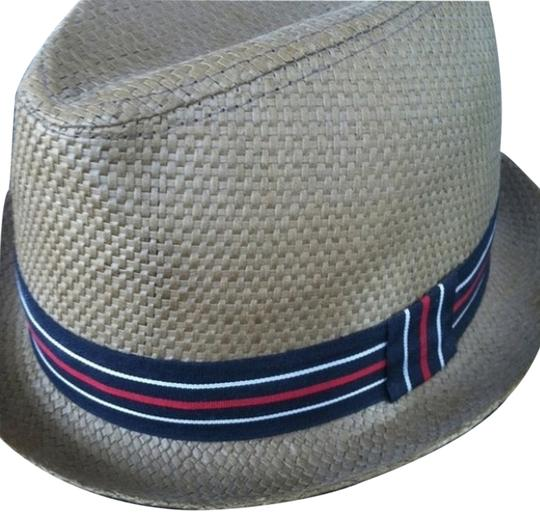 Preload https://item1.tradesy.com/images/urban-outfitters-new-straw-hat-2118630-0-0.jpg?width=440&height=440