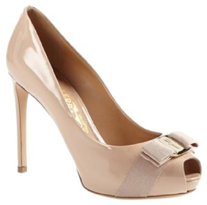Salvatore Ferragamo Bisque/pinkish beige Pumps