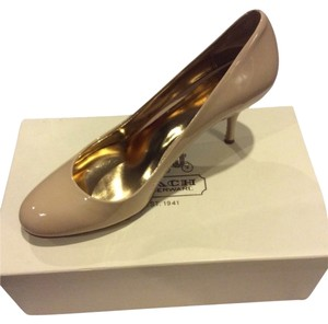 Patent Leather Nude Nude, Neutral Pumps