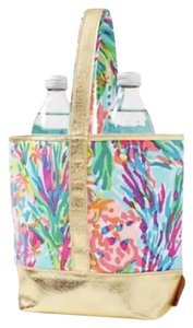 Lilly Pulitzer Tote in Lilly Fan Sea Pants