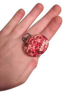 Free gift with purchase. Large flower ring