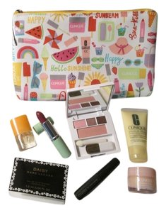Clinique 8 pc. Brand new Clinique bundle deal includes: 1 Clinique spring/summer large cosmetic bag, Makeup, skincare, and Marc Jacobs fragrance, and Clinique Happy fragrance!