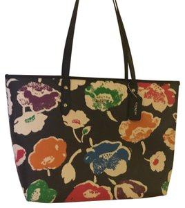 Coach Tote in rainbow multi
