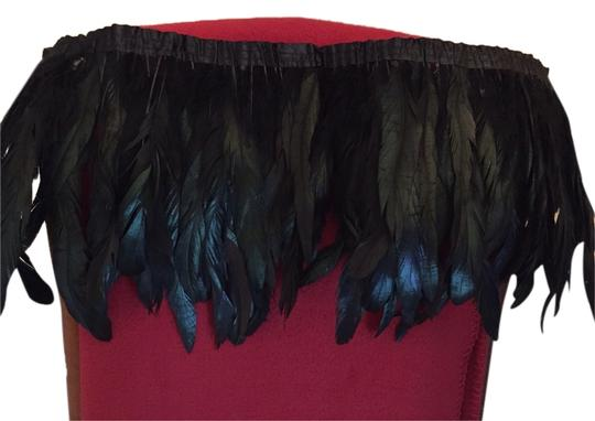 Preload https://item5.tradesy.com/images/black-feather-neck-scarfwrap-2118879-0-0.jpg?width=440&height=440