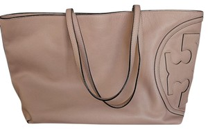 Tory Burch Tote in Light oak