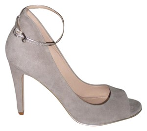 French Connection Gray Pumps