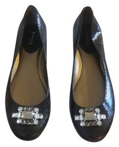 Preview International Black Flats