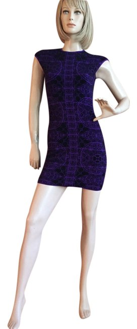 Item - Purple Runway Mid-length Night Out Dress Size 6 (S)