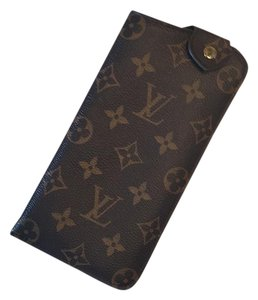 Louis Vuitton Louis Vuitton Sunglasses Case MM