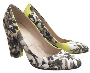 J.Crew Ripe Kiwi Black and White Floral Pumps