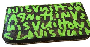 Louis Vuitton Limited Edition Stephen Sprouse zippy wallet