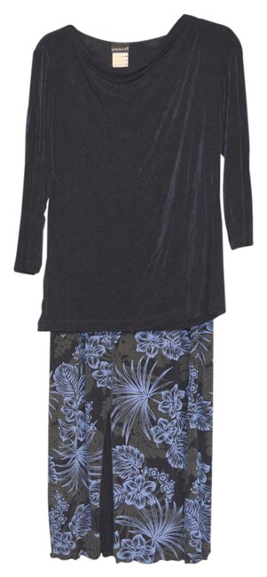Item - Black/Blue And Floral Print Skirt 2pc Set Small Tunic Size 6 (S)