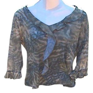 No Boundaries Junior Size 7/9 Top Printed