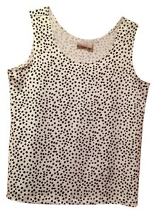 Chico's Top White background black dots
