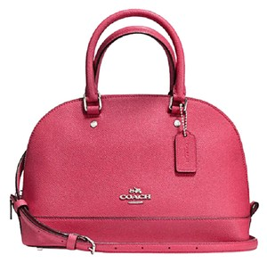 Coach Satchel in strawberry silver