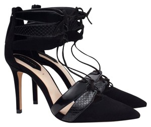 Zara Snakeskin Pointed Toe Night Out Date Night Strappy Black Pumps