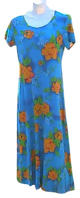 Preload https://item4.tradesy.com/images/floral-summer-long-casual-maxi-dress-size-8-m-2119573-0-0.jpg?width=400&height=650