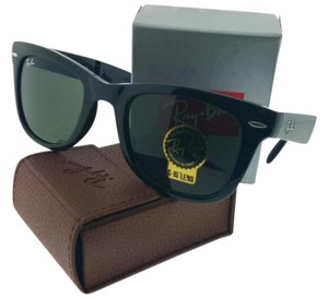 Ray-Ban RB4105-601 Wayfarer Unisex Black Frame Green Lens Sunglasses