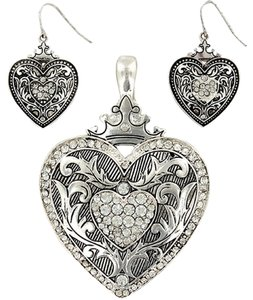 Other BNWOT ~ Crowned Heart Necklace And Earrings, w/Kim Kardashian Shimmering Perfumed Body Lotion, 3.4 oz