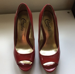 Candie's red Platforms