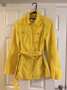Kenneth Cole Yellow Jacket
