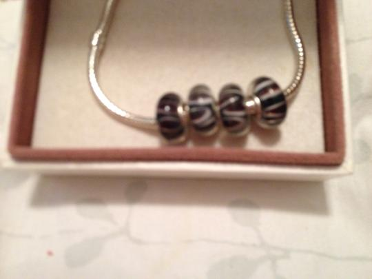 Bella & Chloe SET OF 4 European Style Murano Lampwork glass Beads, Black, Brown and White Striped with 4mm hole.