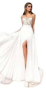 Ivory Chiffon and Lace - 2017 Summer Beach Destination Wedding Dress Size 8 (M)