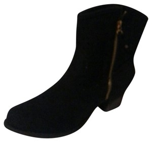 Makers Black Boots