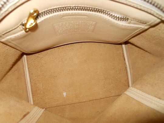 unknown Leather Tote in beige Image 10